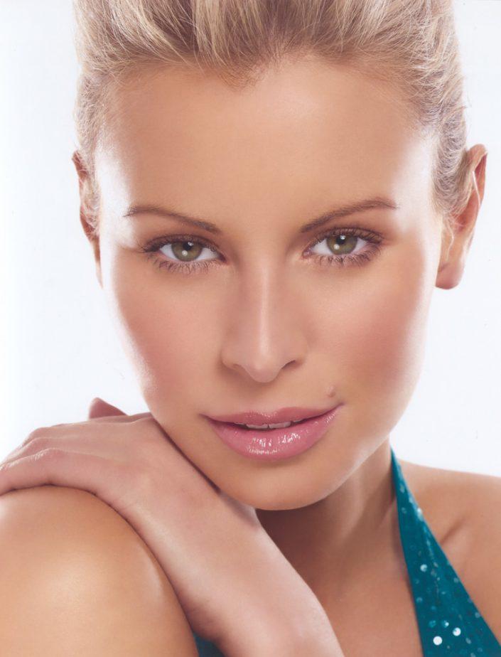 Beauty Niki Taylor